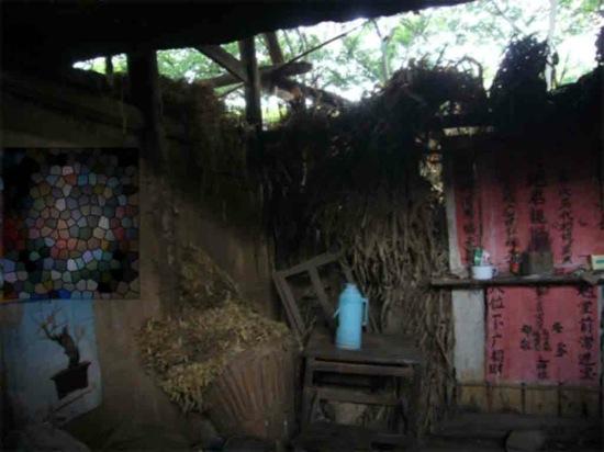 Деревенский быт уезда Каньчжан провинции Гуйчжоу. 2006 год. Фото: Великая Эпоха
