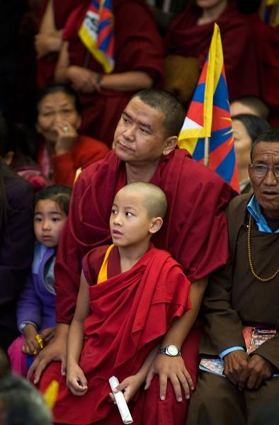 10 марта тибетские изгнанники в Дхарамсале провели митинг, посвященный 50-летней   годовщине мирного восстания тибетского народа против репрессий коммунистического   Китая в Тибете. Фото: Getty Images