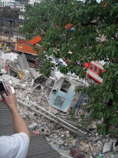 Два поезда столкнулись в китайской провинции Хунань. Фото с epochtimes.com