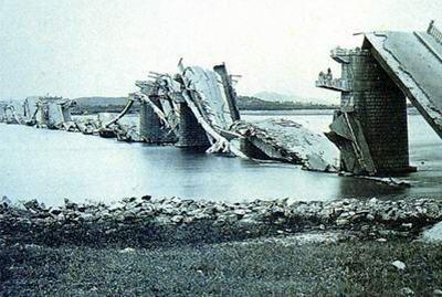 После землетрясения в Таньшане. 1976 год. Фото с aboluowang.com