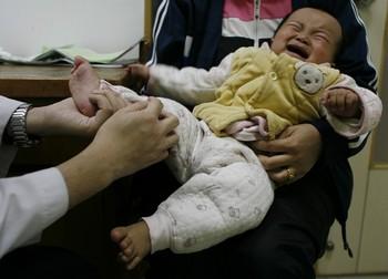 Число заразившихся кишечным вирусом в городе Циндао в 5 раз больше, чем в прошлом году. Фото: epochtimes.com