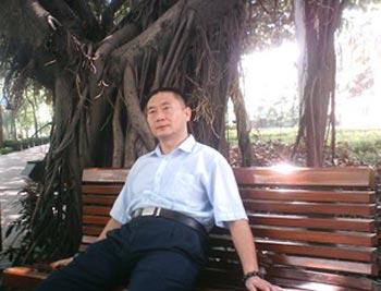 Бывший военный китайской армии Чжан Шицзюн. Фото предоставлено Чжаном Шицзюном