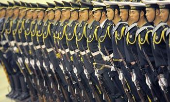 Китайские власти продолжают скрывать данные о реальных расходах на вооружённые силы. Фото: Getty Images