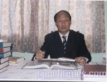 Шанхайский адвокат-правозащитник Чжэн Энчун. Фото: Великая Эпоха (The Epoch Times)