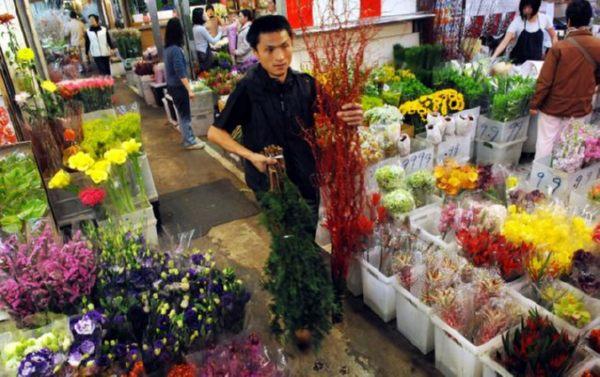 Жители Тайваня делают предпраздничные покупки. Фото: ЦАН