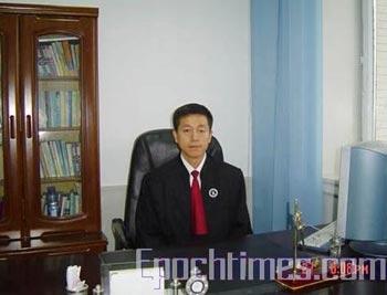 Адвокат Вэй Лянюе. Фото: The Epoch Times
