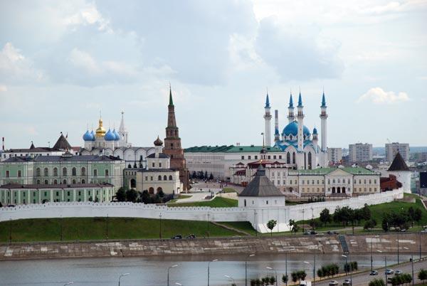 Территория Казанского Кремля. Фото: Ирек Цигун/Великая Эпоха