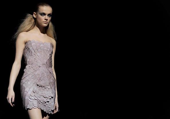 Коллекция Versace. Фото: MONTEFORTE/AFP/Getty Images