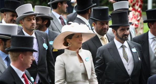 Самые интересные женские шляпы на скачках