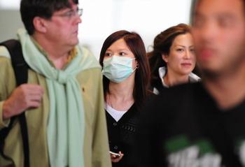 По последним данным Всемирной Организации Здравоохранения, число подтвержденных случаев заболевания вирусом гриппа А/H1/N1 в мире достигло 2 тысячи 99 человек в 23-х странах мира. Фото: FREDERIC J. BROWN/AFP/Getty Images