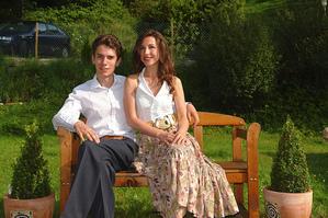 Музыкальная пара познакомилась в Швейцарии и живет в деревеньке Бишофцелль. The Epoch Times