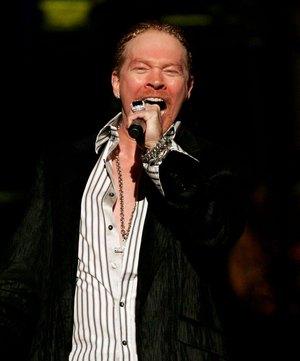 Аксель Роуз в 2006 году во время MTV Video Music Awards - Шоу, Нью Йорк, Radio City Music Hall. Фото: Scott Gries/Getty Images