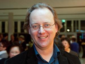 Музыкальный продюсер Андрисен особенное внимание уделяет музыке и хореографии. Фото: Ясон Ван/ Великая Эпоха