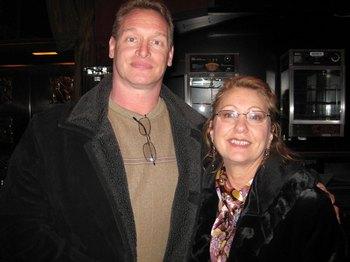 Г-н Бэйкер с женой