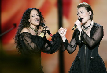 Певицы Achinoam Nini (L) и Mira Awad, представляют Израиль. Фото: Oleg Nikishin/Epsilon/Getty Images
