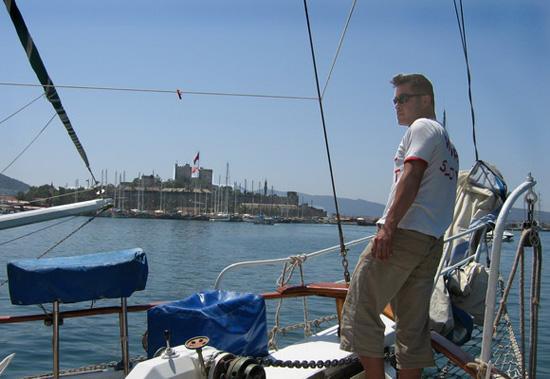Крепость Бодрум с борта яхты. Фото: Ирина Рудская/Великая Эпоха