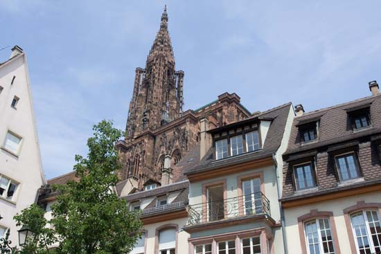 Страсбург. Нотр-Дам. Шпиль башни северного портала. Фото: Лора ЛАРСИА/Великая Эпоха