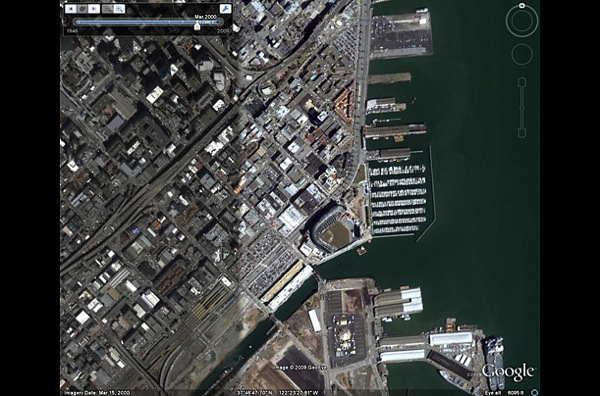 В 2000 году город  стал популярной туристической зоной, с бейсбольным стадионом, широкой сетью магазинов, ресторанов и т.д. . фото с Googel earth.