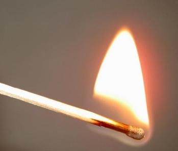 8 апреля в Чувашии четырёхлетний мальчик, игравший со спичками, погиб при пожаре