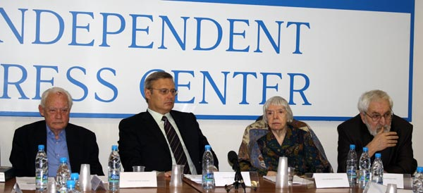 Приглашенные представители ФСБ, Генпрокуратуры и Верховного суда на обсуждении не   присутствовали. Фото: Ульяна Ким/Великая Эпоха