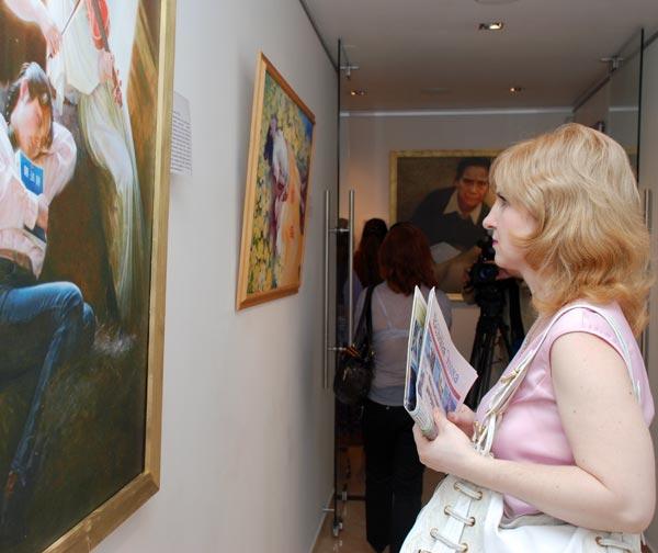 8 июня открытие экспозиции состоялось в Москве, в галерее искусств на Бескудниковском бульваре «Галерея N». Фото: Юлия Цигун/Великая Эпоха
