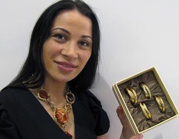 На выставке представлен самый широкий летний ассортимент ювелирных украшений. Фото: Николай Зуев