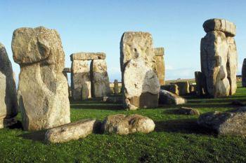 Кто же построил Стоунхендж? Фото: Photos.com