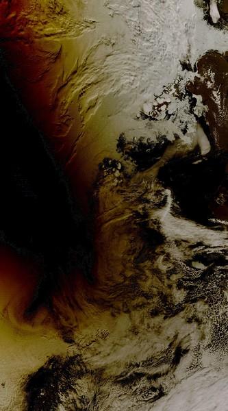Солнечное затмение над Северным Ледовитым океаном. Фото NASA.