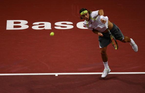 Матч за выход в финал между Роджером Федерером (Швейцария) и Фелисиано Лопесом (Испания). Фото: Ian Walton/Getty Images