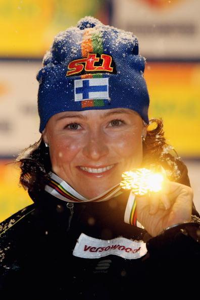 Финская лыжница Айно Кайса Сааринен стала победительницей первой гонки чемпионата мира. Фото: Alexander Hassenstein/Bongarts/Getty Images