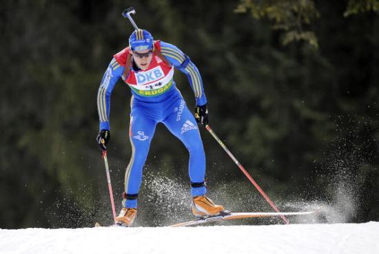 Норвежский биатлонист Оле-Эйнар Бьорндален выиграл золотую медаль в спринте на пятом этапе Кубка мира в немецком Рупольдинге. Фото: OLIVER LANG/AFP/Getty Images