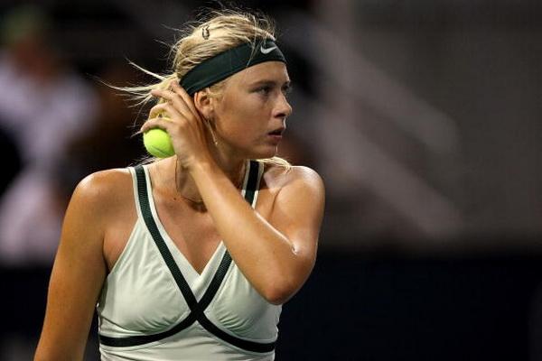 Мария Шарапова победила третью ракетку турнира в Лос-Анджедесе. Фото: Stephen Dunn/Getty Images