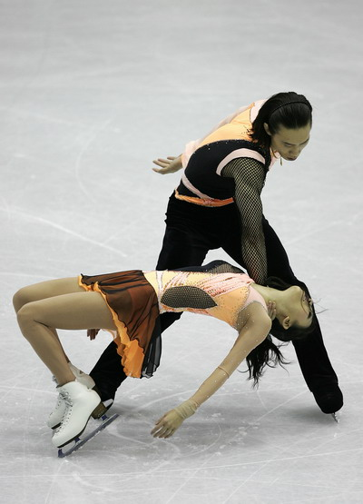Цин Пан/Цзянь Тун (Китай) исполняют короткую программу. Фото: Chung Sung-Jun/Getty Images