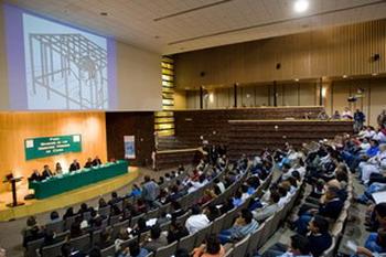 Вопросы и ответы на мексиканском форуме по правам человека в Китае. Фото: Великая Эпоха.