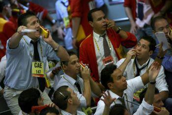 Биржевые маклеры на фондовой бирже в Сан-Паулу, Бразилия. Фото: Mauricio Lima /AFP /Getty Images