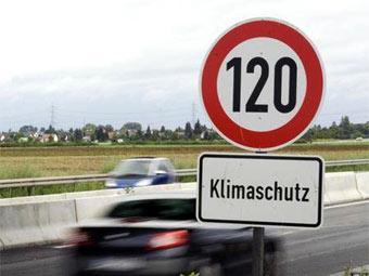 Знак ограничения скорости на автобане в Бремене. Фото с greenpeace.de