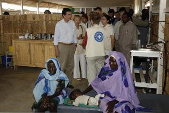 Международная гуманитарная организация «Врачи без границ» сворачивает миссию в Дарфуре. Фото: STEPHANE DE SAKUTIN/AFP/Getty Images