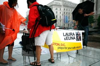 Акция протеста в Вашингтоне по поводу незаконного содержания журналисток под стражей. Фото: Alex Wong/Getty