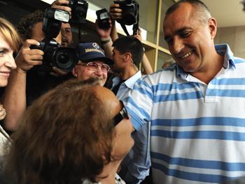 На парламентских выборах в Болгарии, прошедших 5 июля, уверенную победу одержала правоцентристская партия ГЕРБ во главе с мэром Софии Бойко Борисовым. Фото: DIMITAR DILKOFF/AFP/Getty Images
