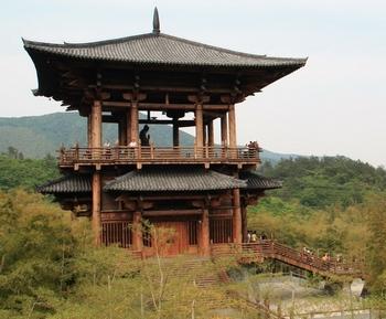 В этом чайном доме изготавливали чай для императоров династии Тан. Фото: snake127_53