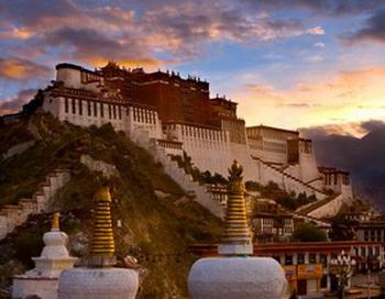 Дворец Потала в Тибете. Фото: Getty Images