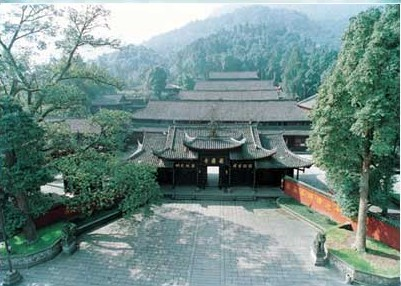 Храм Баого. Горы Эмэй. Фото с zhengjian.org