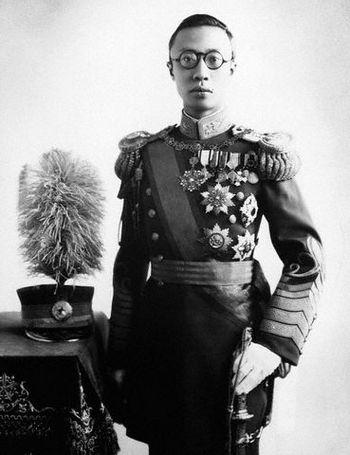 Пу И – император Маньчжоу-го в форме генералиссимуса. Фото с secretchina.com