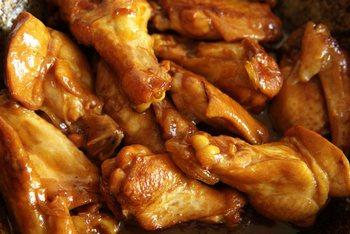 Мясо лучше солить и жарить непосредственно перед подачей на стол. Фото: Владимир Бородин /The Epoch Times