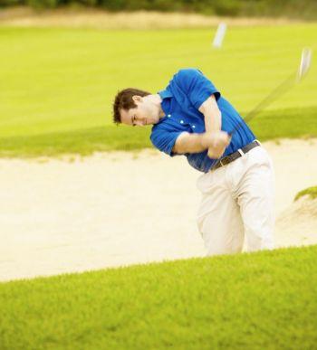 Биомеханики гольфа напоминают нам, что клюшка не должна сама себя размахивать. Фото: Photos.com