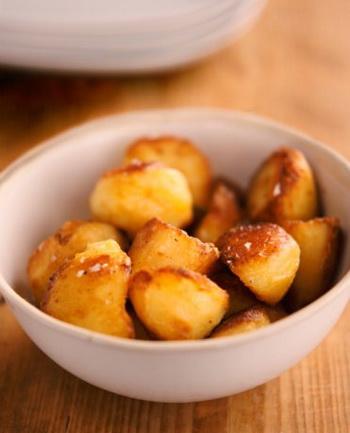 Картофель обладает полноценным составом и высокой энергетической ценностью. Фото: Marie-Louise Avery/Getty Images