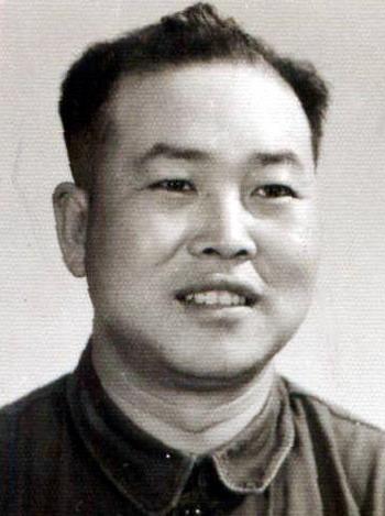 Ван Чжии - муж Сунь. Фото с семейного архива