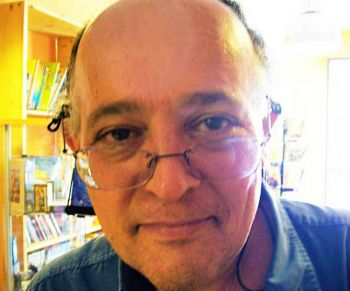 56-летний профессор итальянского языка, литературы и философии  Алесссандро Тиннаки. Фото: Великая Эпоха