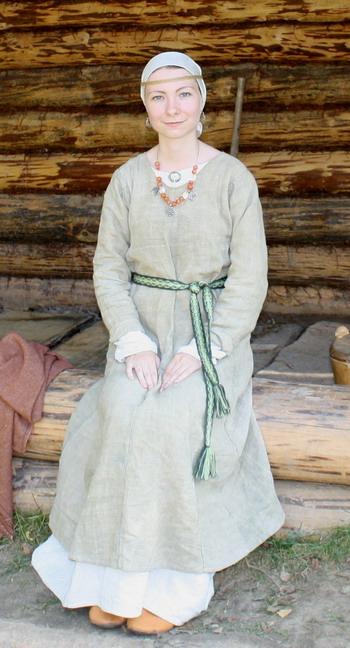 Марина в костюме древних славян 9-11 вв. Фото: Ульяна Ким/Великая Эпоха