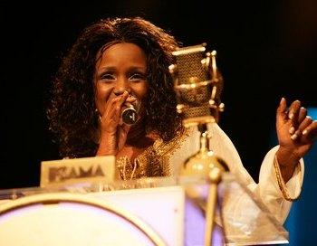 Амани – победительница конкурса Африканской песни (Мама). Кения. Фото: Michelly Rall/Getty Images